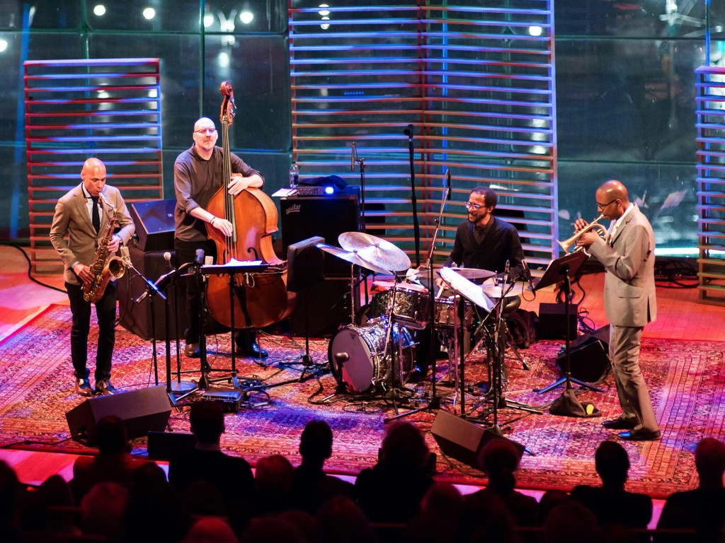 Joshua Redman, Scott Colley, Brian Blade and Ron Miles i aksjon på Jazz at Lincoln Center i New York.