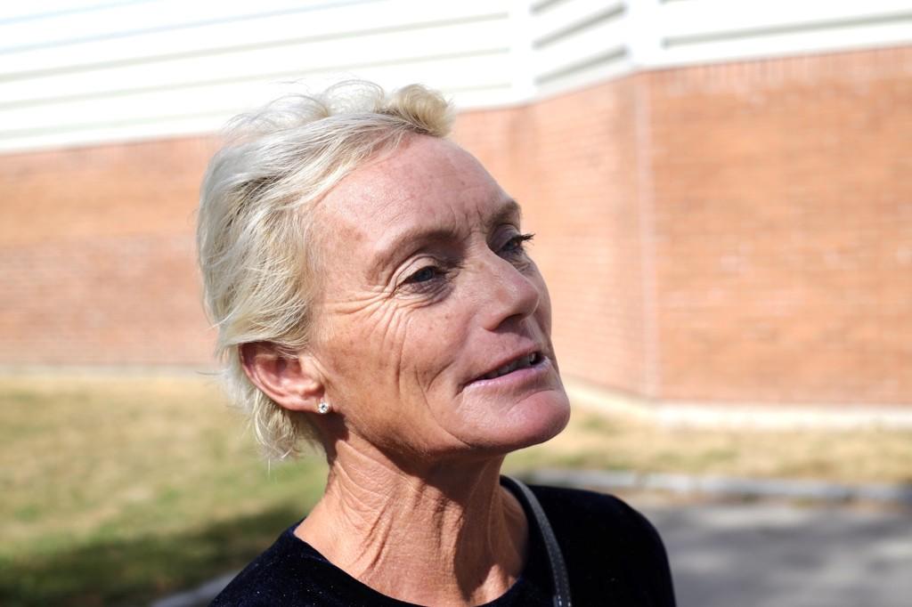 GODE MINNER: Anette Bøe (60) deltok i begravelsen og minnestunden for venninnen Vibeke Skofterud torsdag.