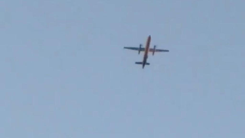 STJÅLET: Et Air Bombardier Dash 8 Q400 ble stjålet fra flyplassen og krasjet senere på en øy utenfor Seattle i staten Washington. Se video nederst i saken.