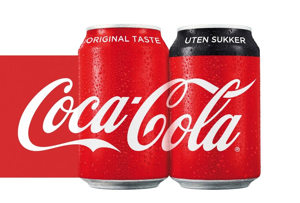 MED OG UTEN SUKKER: En svart stripe er alt som skiller Cola-boksen med og uten sukker fra nå av.