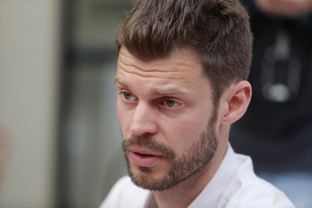 UFORSTÅELIG: Rødt-leder Bjørnar Moxnes spør kommunalministeren om hvorfor KS nekter å opplyse om ordførernes godtgjørelser.