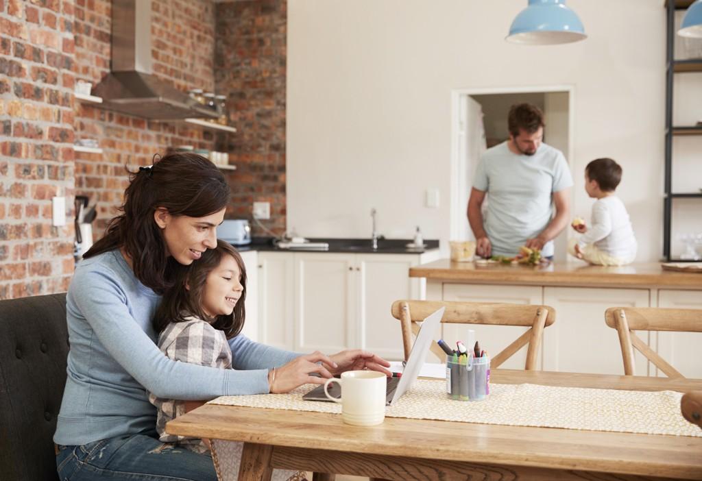 Kvinner ønsker å bruke mer tid på familien enn menn.