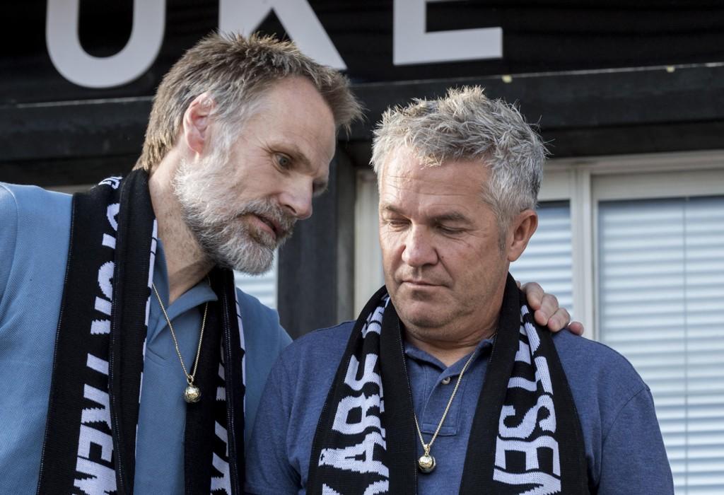 UTSETTER EUROSPORT-JOBB: Kåre Ingebrigtsen (t.h.) blir ikke ekspert på Eurosport med det første. Stevningen av hans tidligere arbeidsgiver, Rosenborg, gjør at arbeidsforholdet er utsatt.