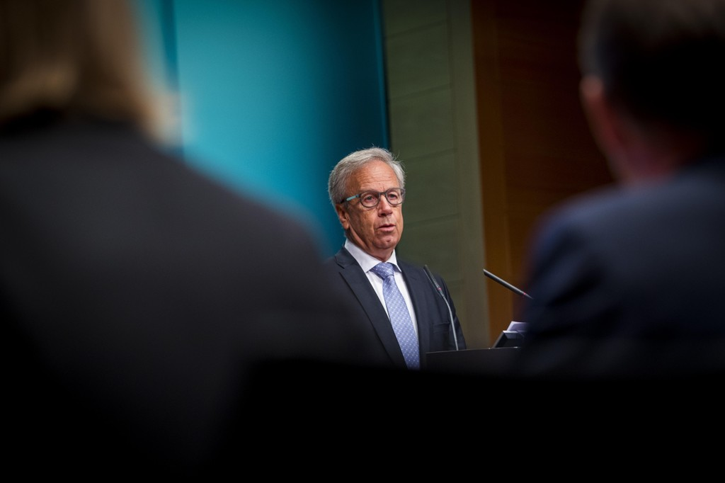 HEVER RENTEN: Øystein Olsen, sentralbanksjef i Norges Bank