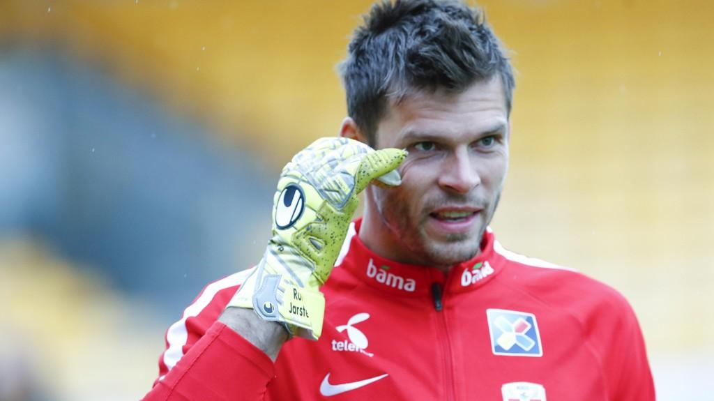 LEDER PÅ BØRSEN: Rune Almenning Jarstein har, ifølge tyske aviser, levert best av samtlige keepere i Bundesligaen denne sesongen.