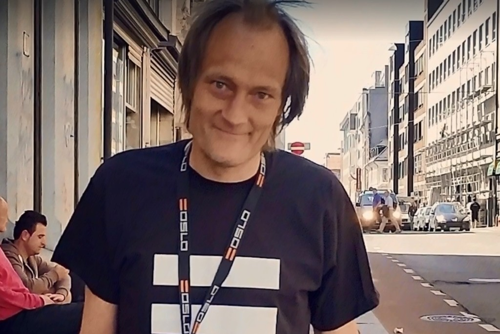 GÅTT BORT: Gateselger Christer Modin er død.