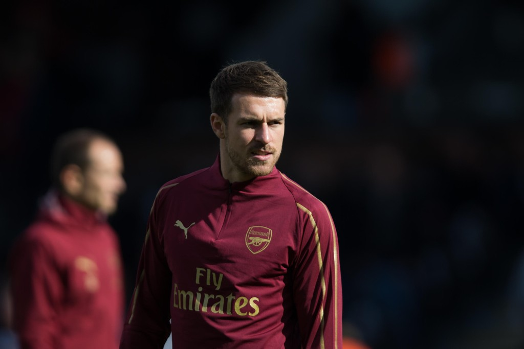 - JAKTES AV UNITED OG LIVERPOOL: Arsenals Aaron Ramsey.