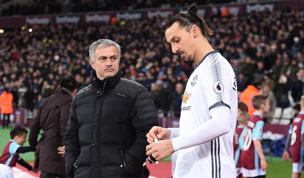 RETUR? Ifølge ESPN vurderer José Mourinho å hente Zlatan Ibrahimovic tilbake til Manchester United.