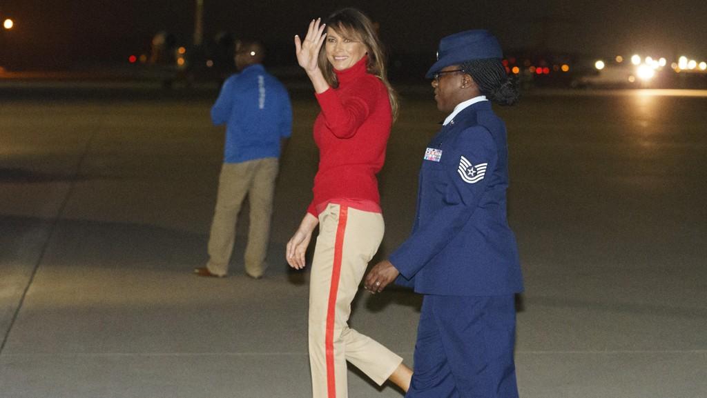 FØLER SEG MOBBET: Melania Trump på vei tilbake til Washington etter rundturen i Afrika.