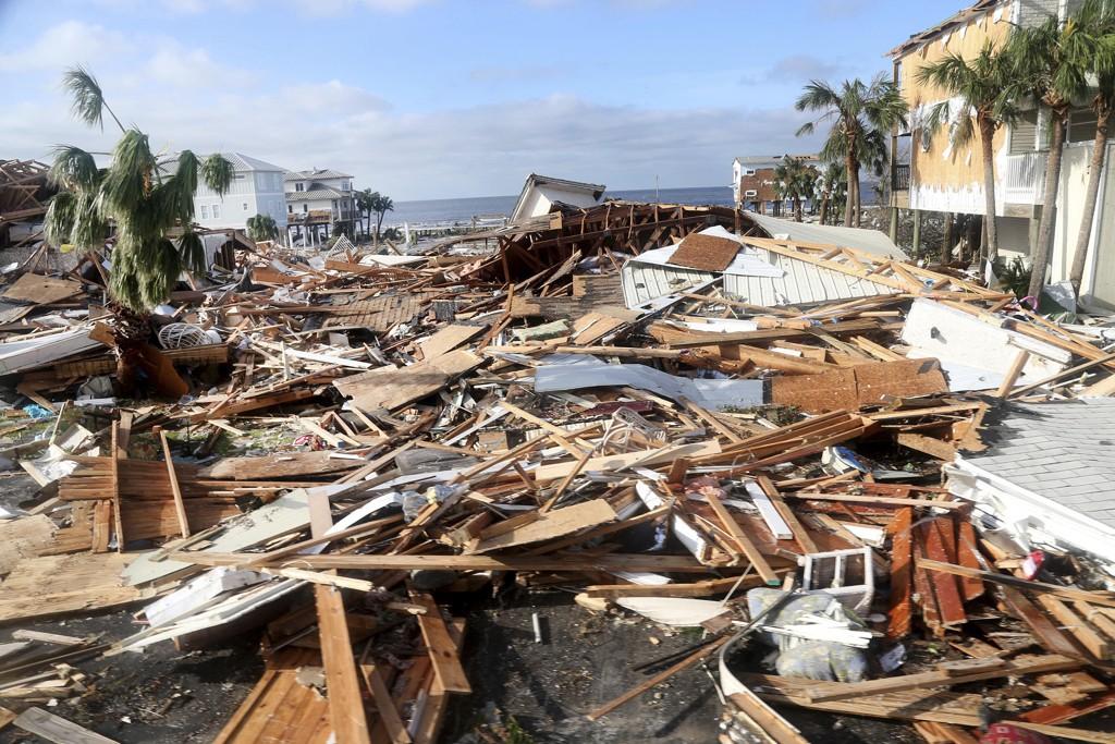 Ødeleggelsene er store ved Mexico Beach, der det bor 1.200 mennesker. Foto: Douglas R. Clifford / Tampa Bay Times via AP / NTB scanpix
