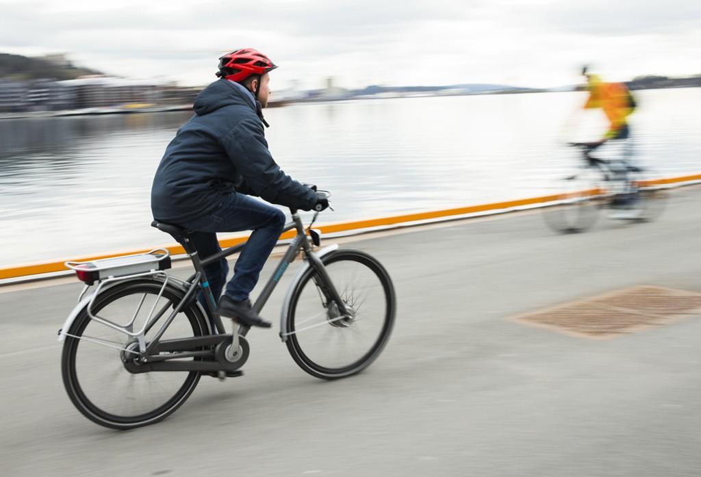 Ministerstwo Transportu nie chce ustanawiać obowiązkowego ubezpieczenia komunikacyjnego rowerów elektrycznych oraz wprowadzać obowiązku rejestracji elektrycznych jednośladów.