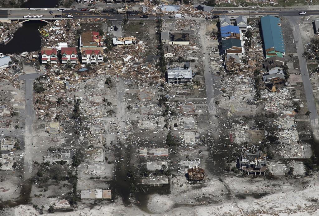 Et helt nabolag i Mexico Beach ble lagt i grus da orkanen traff med voldsom styrke. Foto: Michael Snyder / Northwest Florida Daily News via AP / NTB scanpix