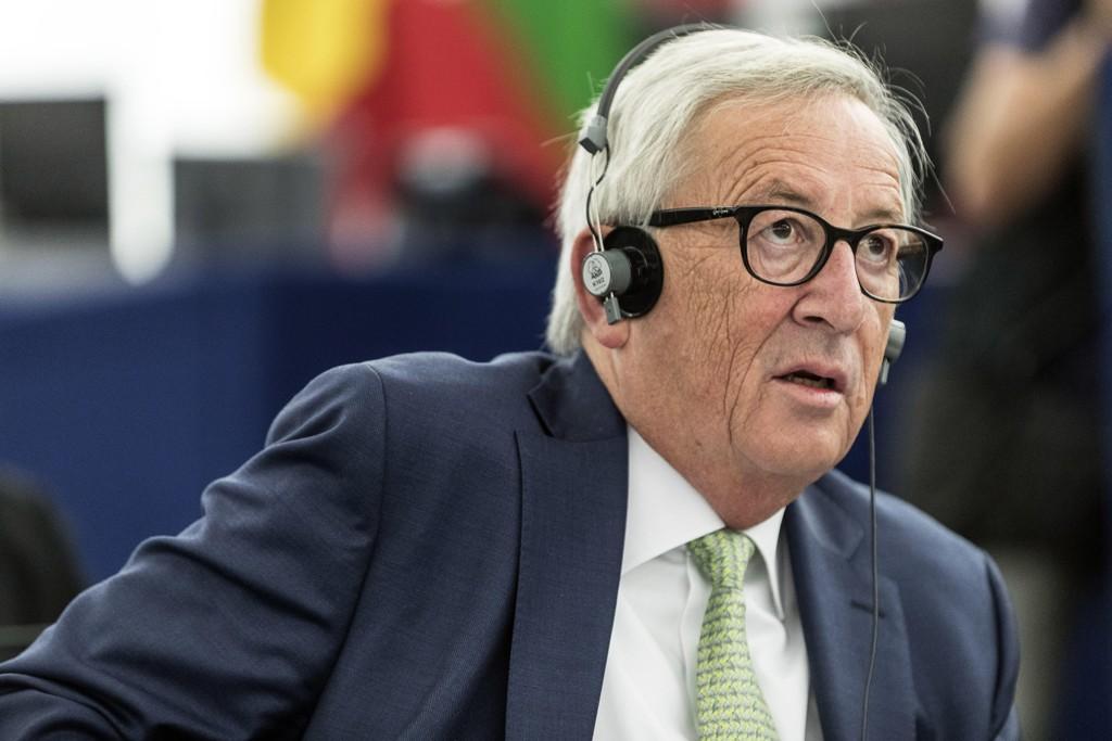 EU-kommisjonens president Jean-Claude Juncker gjør det klart at spørsmålet om den irske grensen fortsatt skaper hodebry i brexit-forhandlingene. Foto: Jean-François Badias / AP / NTB scanpix