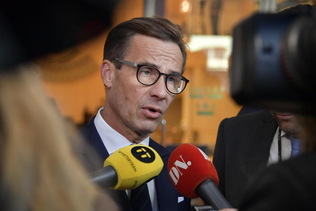 Moderaternas leder Ulf Kristersson ser ut til å ville danne regjering selv om det betyr at partiet må lene seg på Sverigedemokraterna i riksdagen. Foto: Anders Wiklund / TT / NTB scanpix