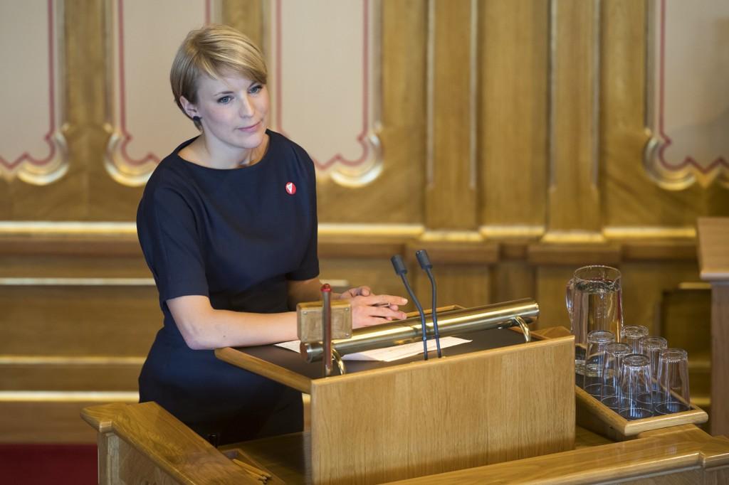 IKKE UT PÅ TUR: Finansminister Siv Jensen (Frp) sier de skal hindre at