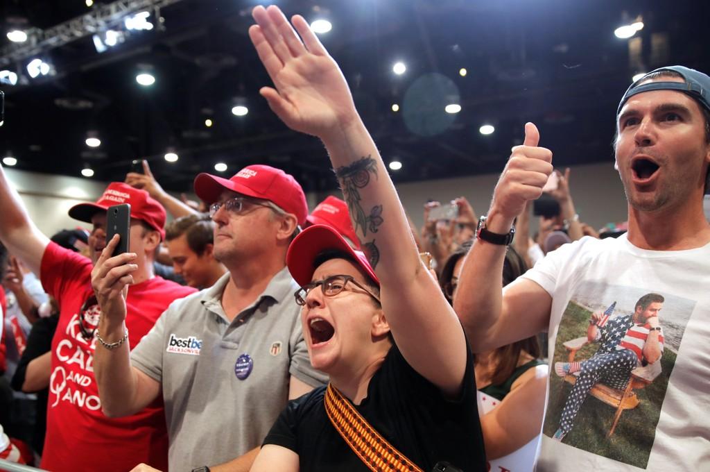 Spørsmålet om hvor informerte og rasjonelle velgerne er, kan for mange synes mer aktuelt nå i de seneste få årene, men det er alltid aktuelt. Bilde fra et valgmøte i Las Vegas i september.