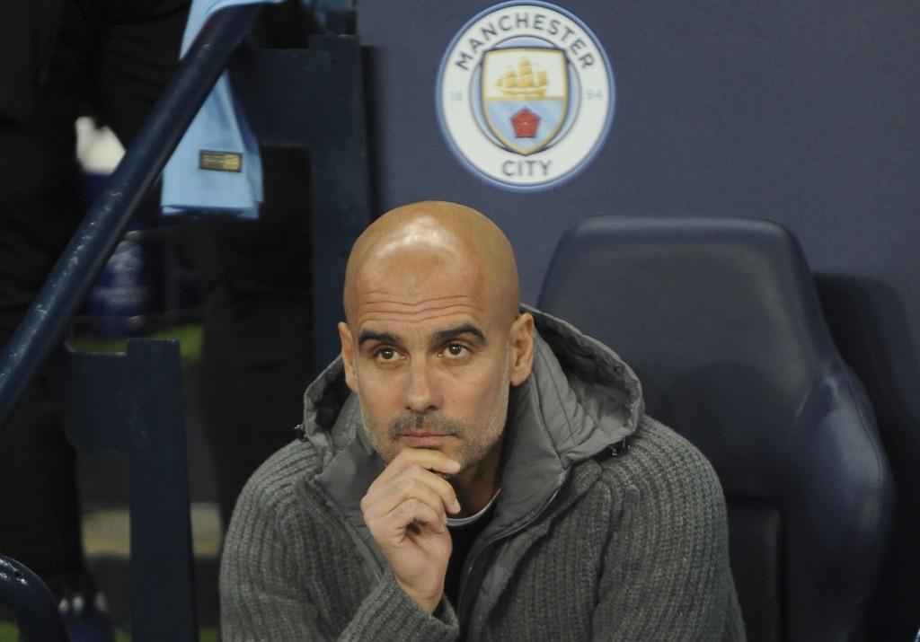 Manchester City-manager Pep Guardiola håper en UEFA-etterforskning kan få slutt på «stemmene» rundt klubben og anklagene om økonomisk juks i forbindelse med FFP. Foto: Rui Vieira / AP / NTB scanpix