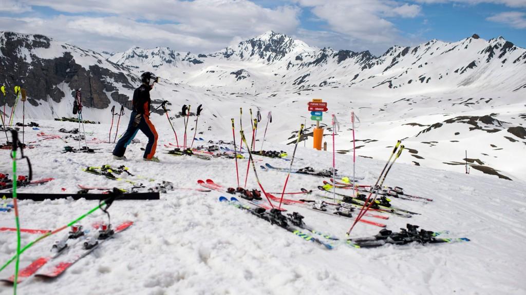 FLYTTES: Alpintrennene i Val d'Isere flyttes på grunn av snømangel.