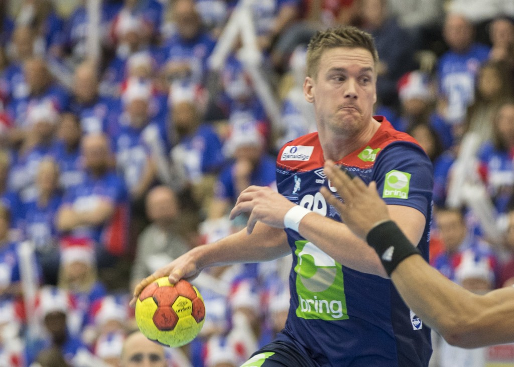 Espen Lie Hansen i den norske landslagsdrakta. Fra neste sesong spiller han klubbhåndball i Drammen.  Foto: Vidar Ruud / NTB scanpix