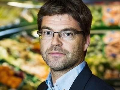 SKEPTISK: Geir Pollestad, næringspolitisk talsperson i Sp, er ikke overbevist om at priskrigen er bra for forbrukerne.