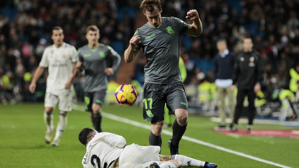 Dani Carvajal og Real Madrid gikk bokstavelig talt på trynet hjemme mot Real Sociedad sist helg og tapte 0-2.