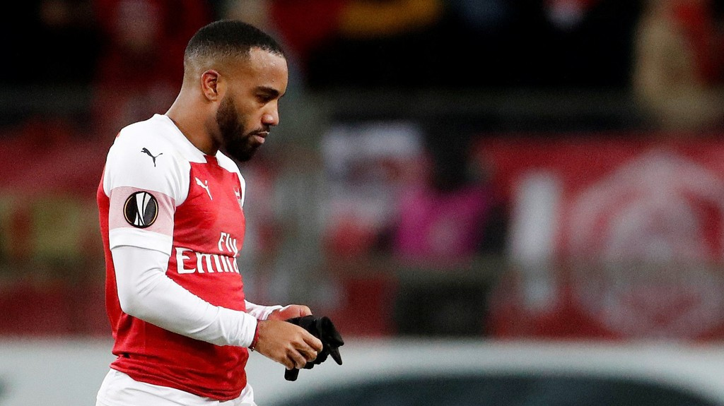 Ikke bare tapte Arsenal 0-1 borte mot Bate Borisov forrige torsdag. Spissen Alexandre Lacazette ble i tillegg utvist i sluttminuttene.