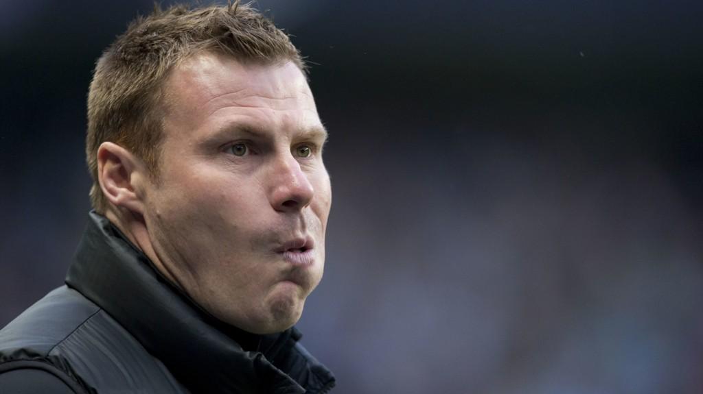 David Flitcroft er manager for Mansfield som tar seg opp på direkte opprykksplass dersom de tar poeng i kveldens hjemmekamp mot serieleder Lincoln i League Two.