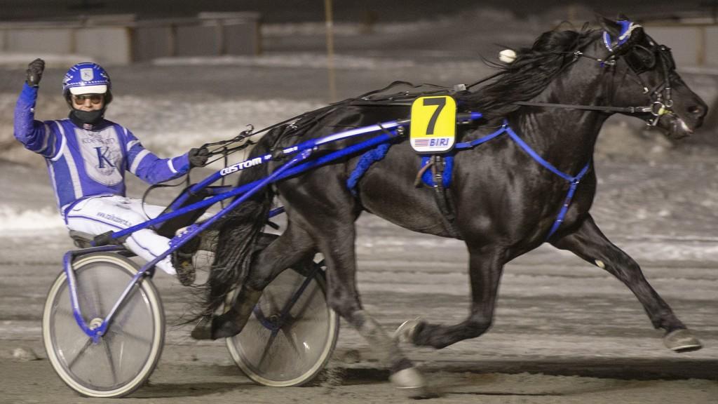 Ole Johan Østre har startet året på en fin måte. Vi tror han fortsetter fremgangene på Biri i kveld. Foto: Anders Kongsrud/www.hesteguiden.com.