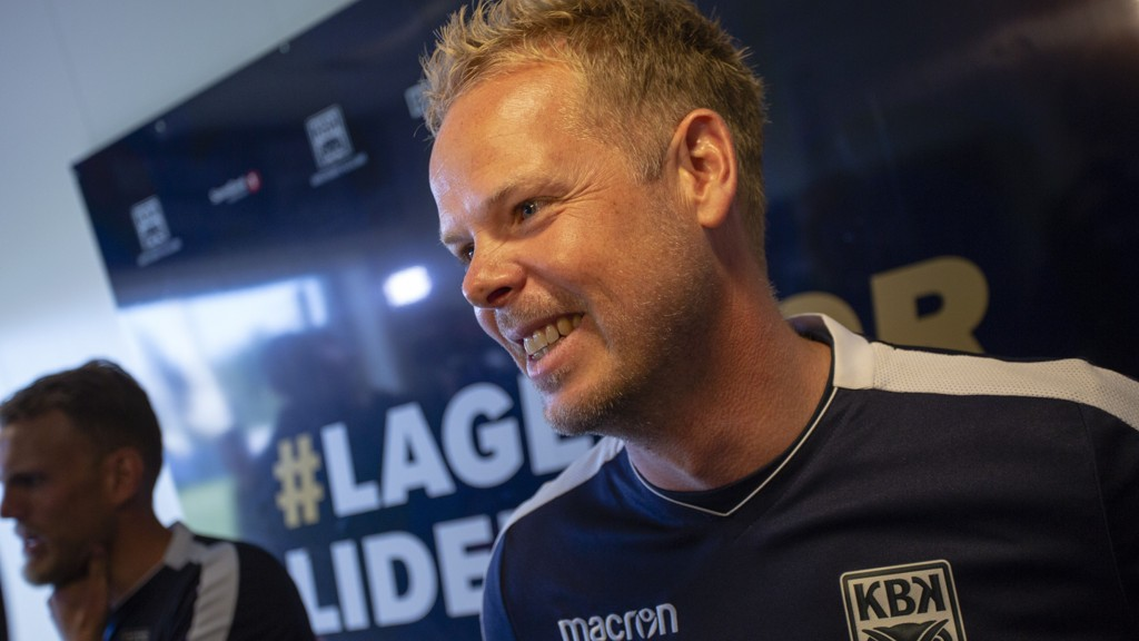 Kristiansunds trener Christian Michelsen gliste bredt etter at Kristiansund hadde slått Molde 1-0 hjemme i fjorårets Eliteserie. Formsterke Kristiansund kan slå Molde også i kveld.