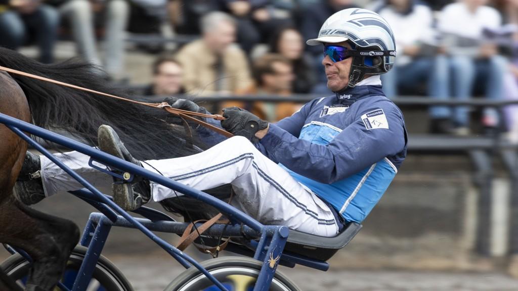 Vi stoler på Frode Hamre i V65-2. Foto: Roger Svalsrød/ hesteguiden.com