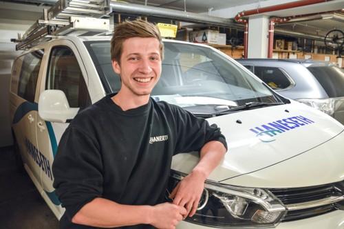 Andreas Dagsloth, elektrikerlærling ved Haneseth Bodø. Foto.
