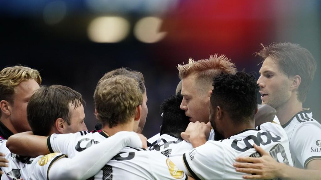 Alexander Søderlund og Rosenborg kunne juble etter å ha slått ut Maribor i 3. kvalifiseringsrunde. I kveld er første playoffkamp borte mot Dinamo Zagreb.