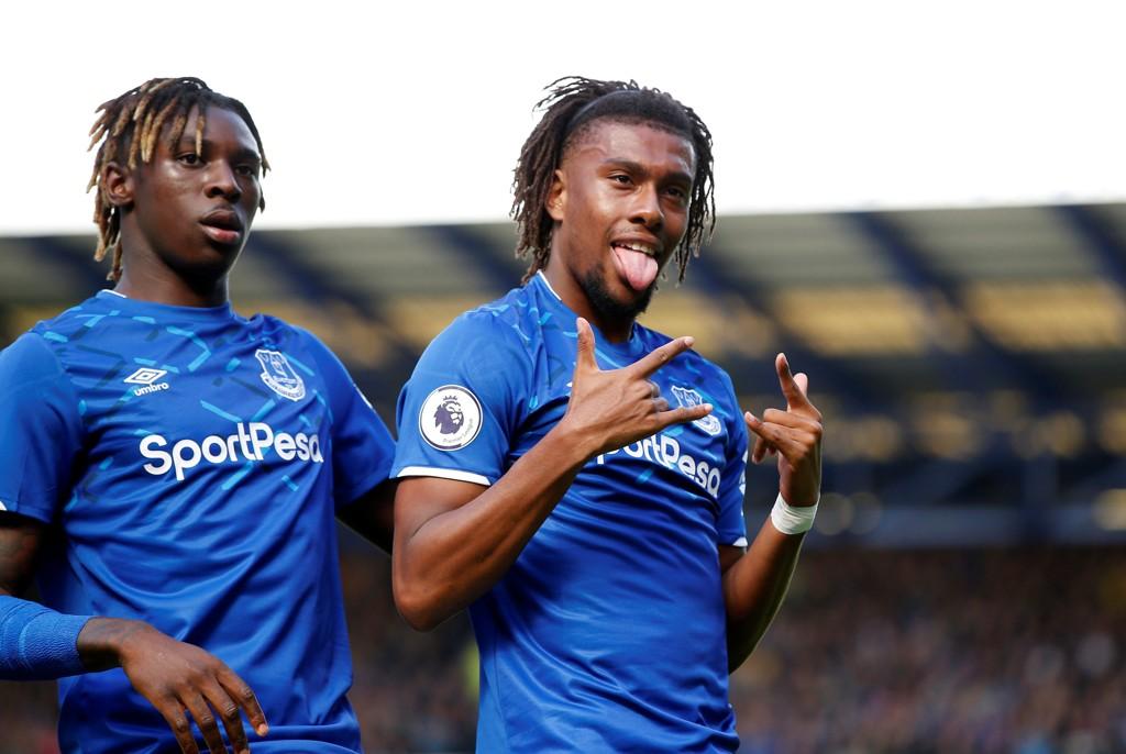 Everton og Alex Iwobi har vunnet begge hjemmekampene sine denne sesongen, men på bortebane har de vært en katastrofe.