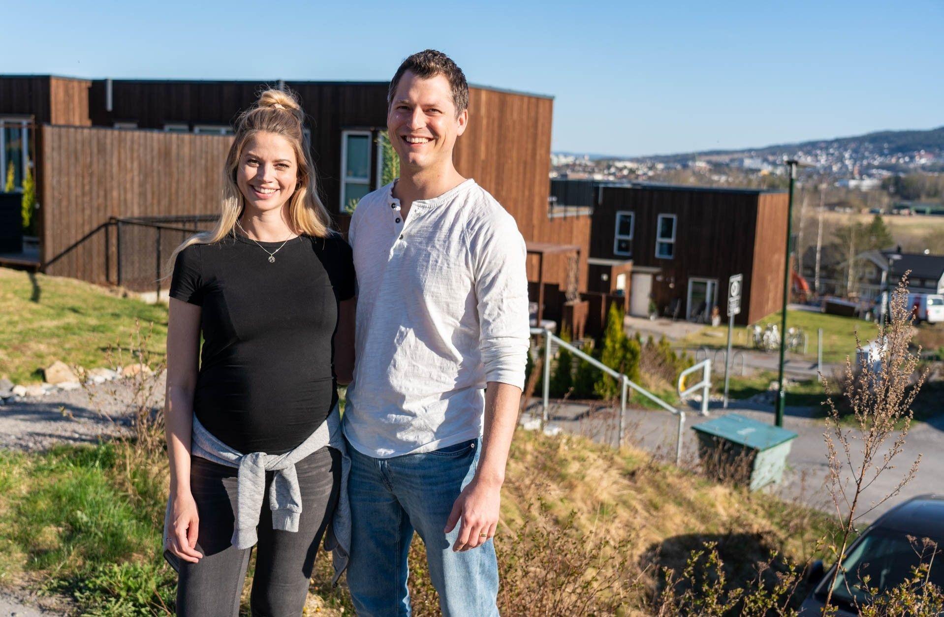 Ida og Johannes trives i det familievennlige boligområdet på Kjeller.