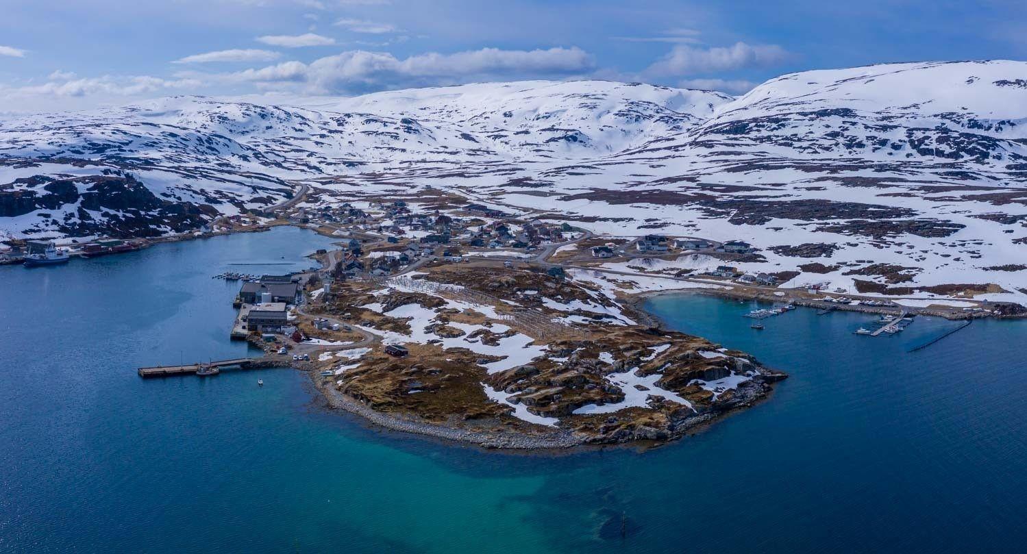 Nå fortsetter Hammerfest Energi Bredbånd med utbyggingen av fiber. Først ut i år er Forsøl.